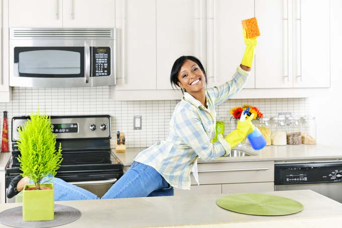 How to Speed-Clean Your Home in 20 Minutes Tops!