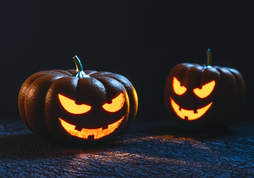 Party Ghoul, I Got You: A Halloween Party Planning Checklist