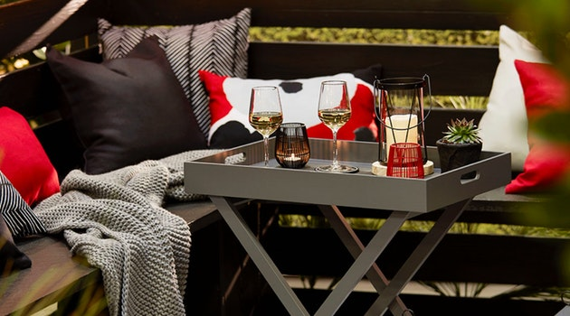 4 Ways to Keep Your Patio Warm During Cooler Months
