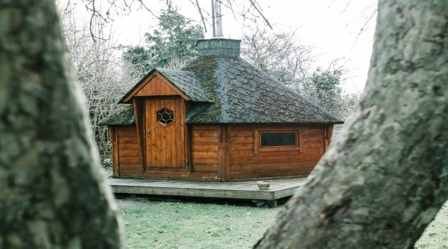 Why Small Log Cabins are a Great Addition to Your Yard
