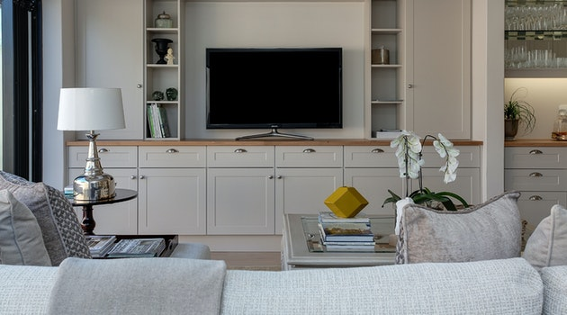4 DIY Projects to Make Your Home Look as Good as New