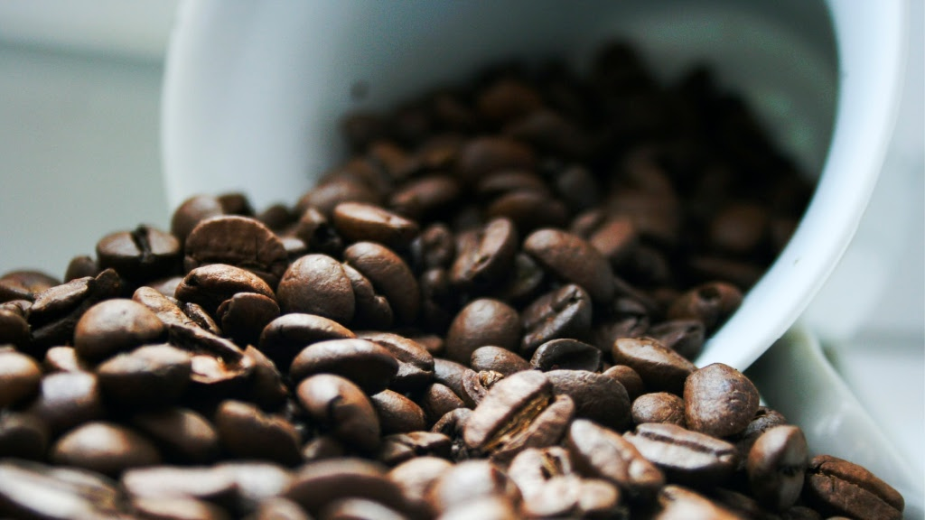 10 Best Coffee Twitter Posts to Share with the World