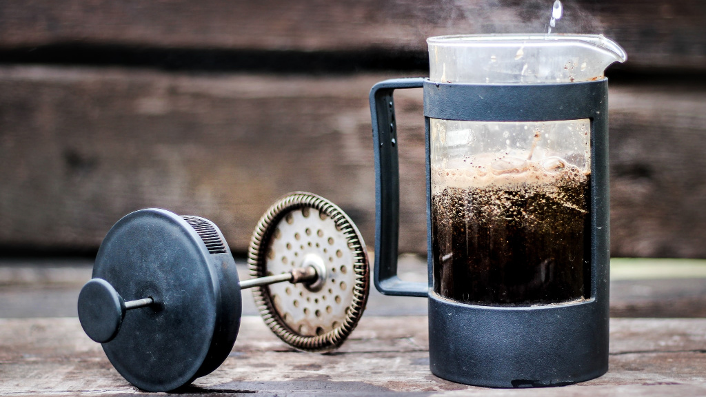 6 Simple Steps to Make Super Delicious French Press Coffee