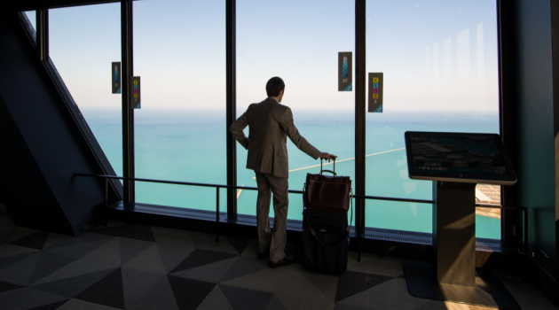 5 Smart Ways to Balance Work and Leisure Time for a Relaxing Trip